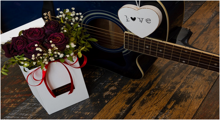 Romantic & Lovely Tokens To Make Your Valentine Special